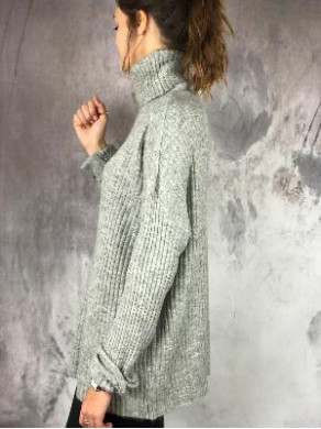 Pull Louise Gris
